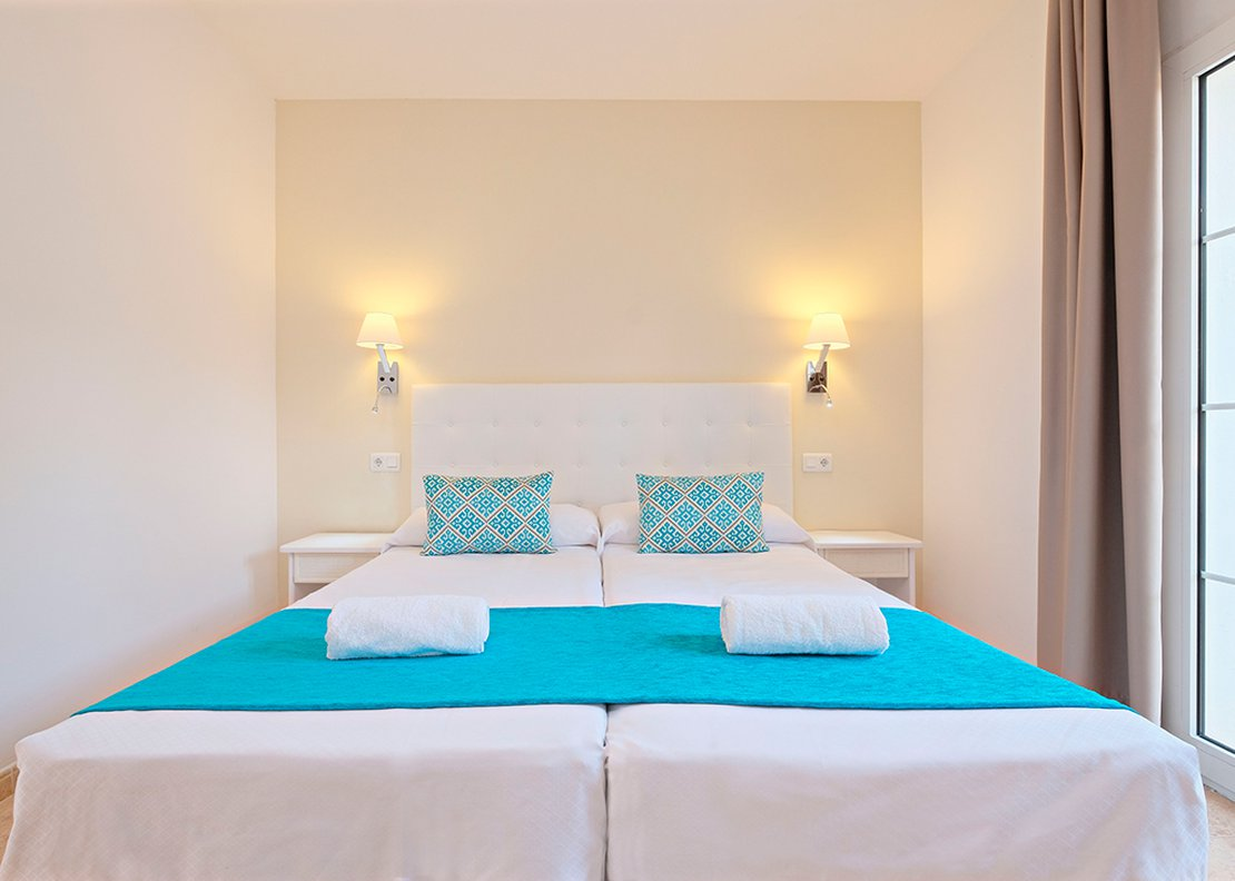2 Bedrooms Apartment-1