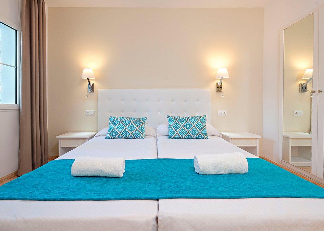 2 Bedrooms Apartment-4