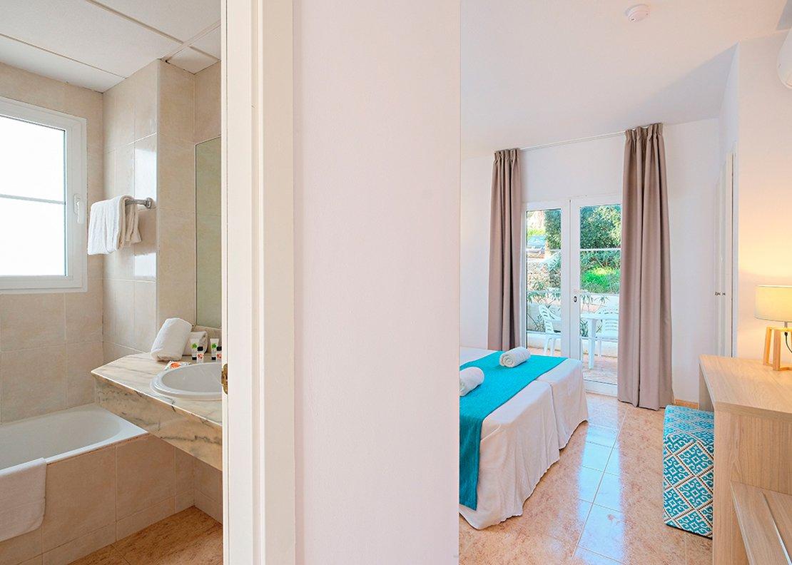 Villa de 3 dormitorios con piscina-6
