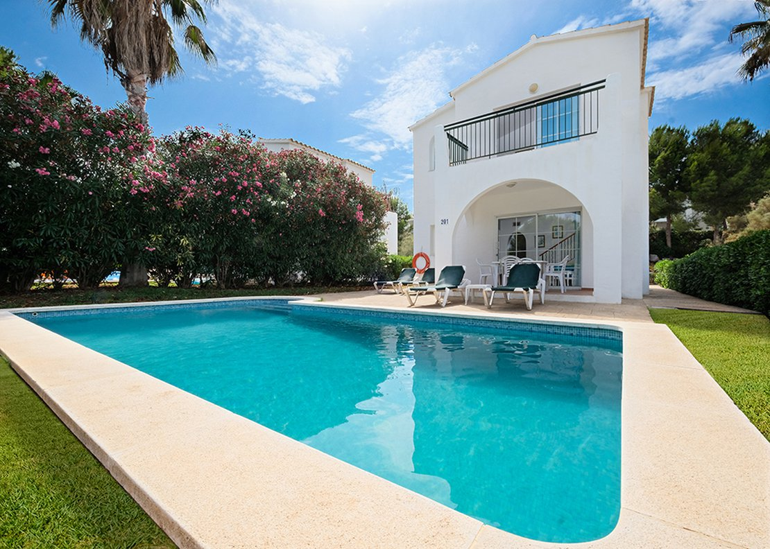 Villa: 3 Bedrooms with Private Pool-1