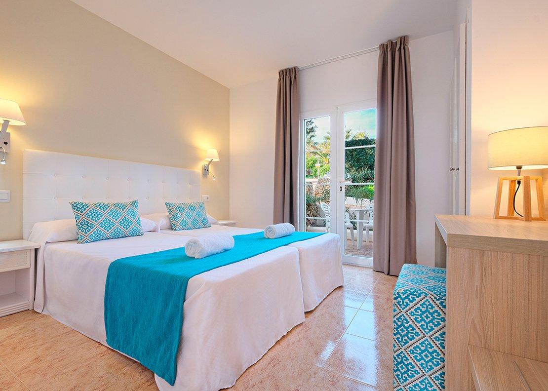 Villa de 3 dormitorios con piscina-2
