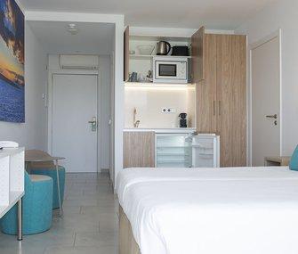 Descubre nuestros apartamentos en playa de Figueretas, Ibiza