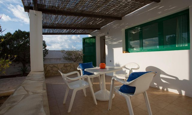 https://images.neobookings.com/600x400/hotels/formentera/punta-rasa/rooms/apartment-b-kqxlzovm4l.jpg