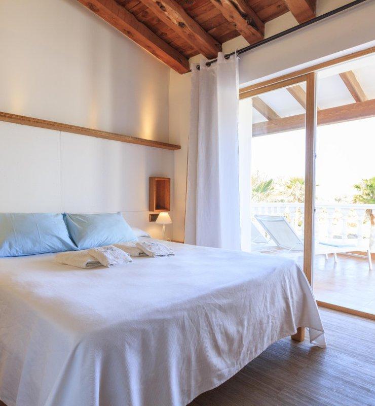 Camera doppia con terraza, Cabrera
