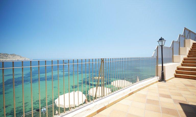 Invisa Hotel Cala Verde