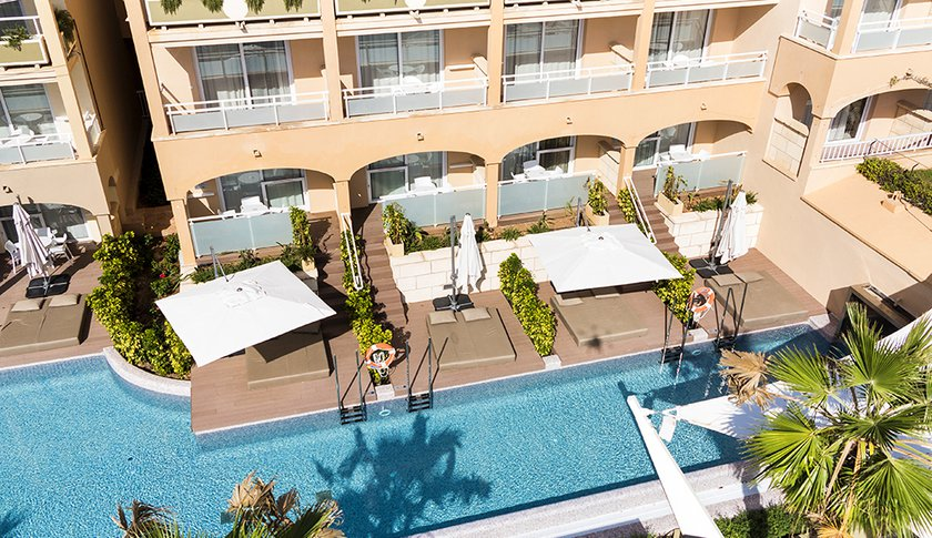 Superior Adults Only Swim-up Suite +16 - Área A-1