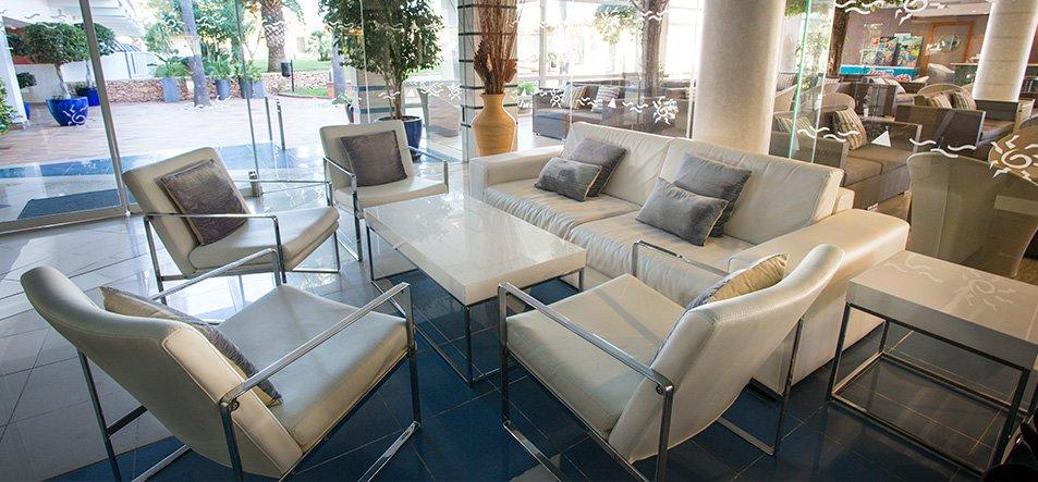 Lounge Bar-4