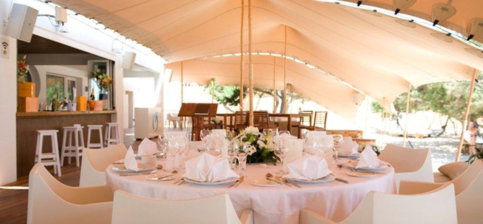Restaurant & Lounge-4