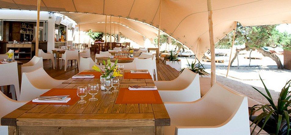 Restaurant & Lounge-1
