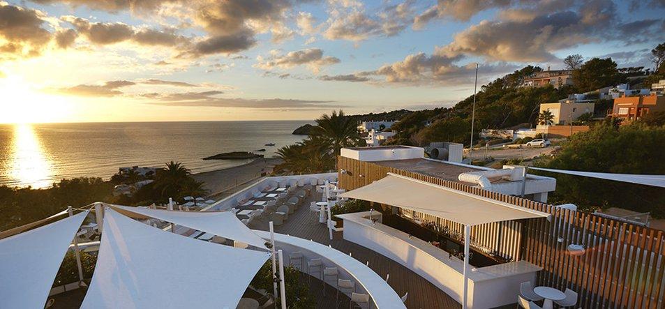Sunset Restaurant<br><br>Mediterranean Cusine-3