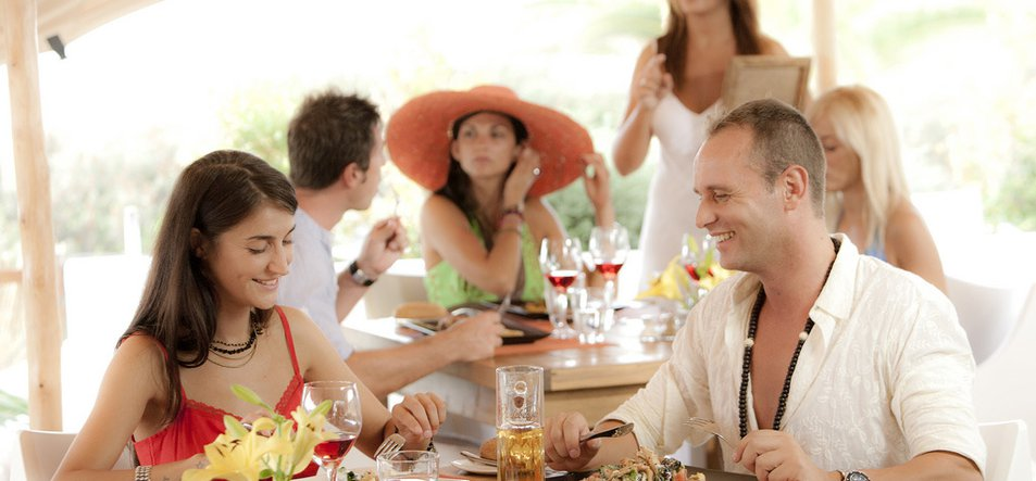 South Formentera Beach Restaurant & Lounge-1