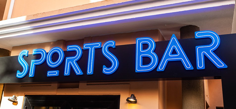 Sports Bar. New for 2019.-4
