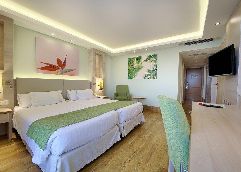 Standard Room Ocean View-1