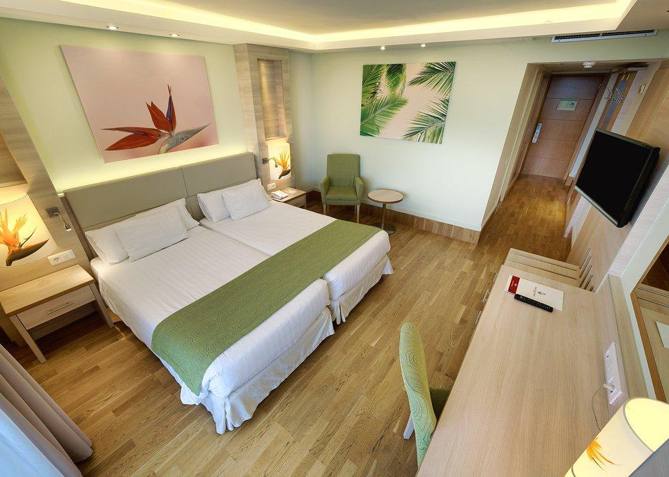 Standard Room Ocean View-3