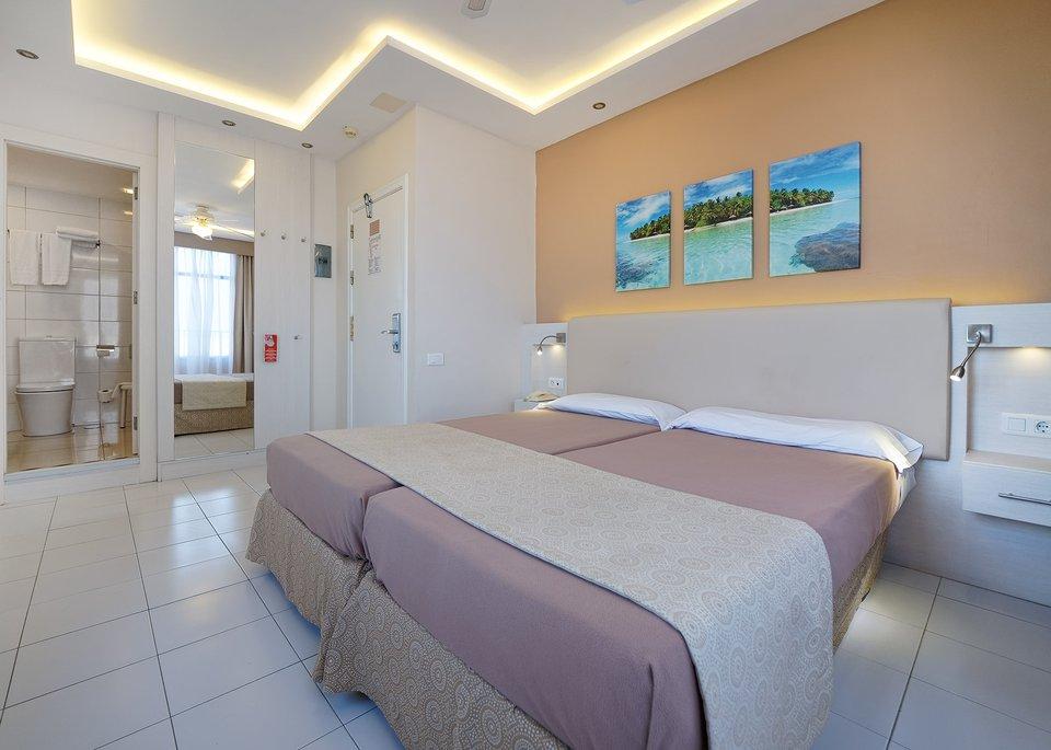 Standard Single Room-5