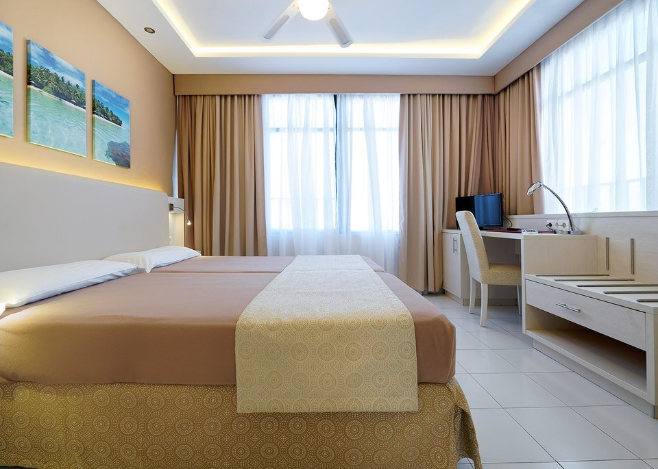 Standard Single Room-6