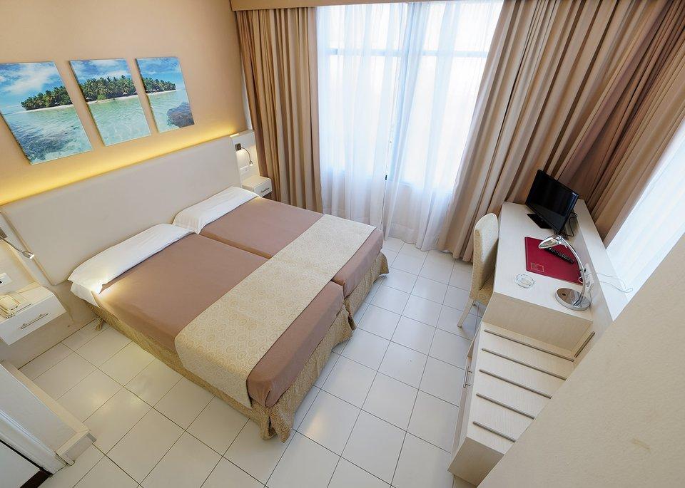 Standard Single Room-3