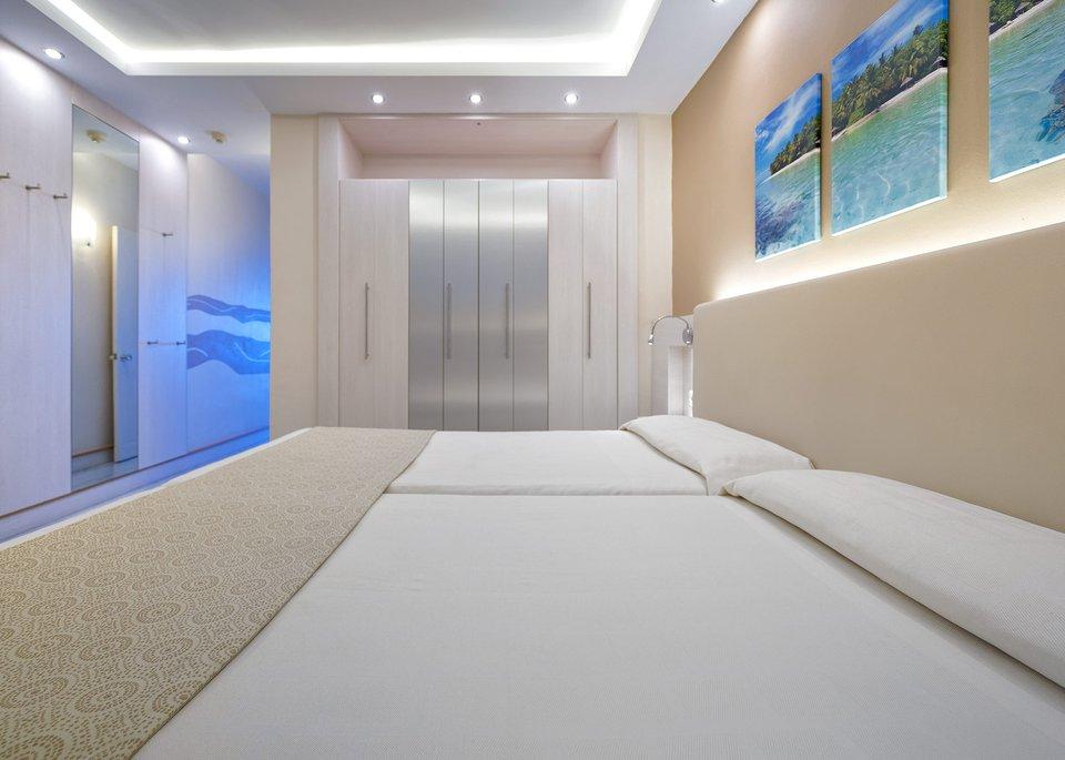 Standard Twin Room 2/3 Pax-1