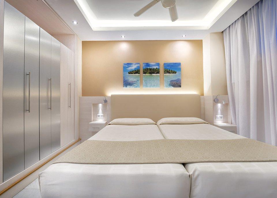 Standard Twin Room 2/3 Pax-4