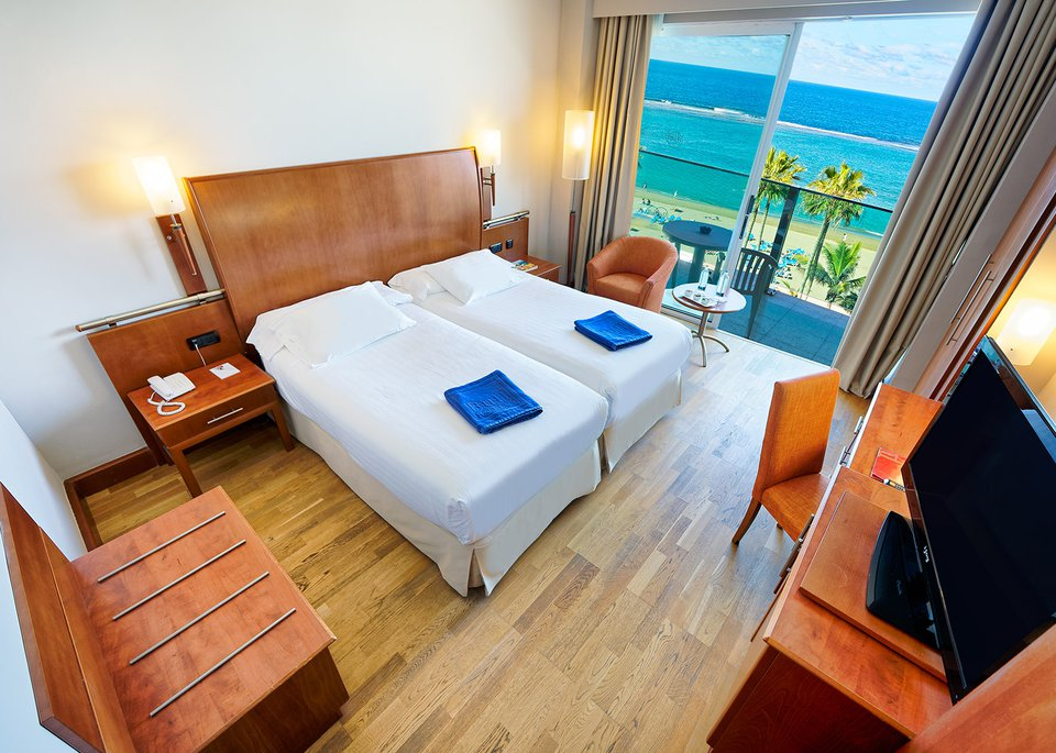 Double Sea View Room with Free Spa-4