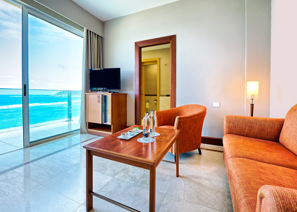 Junior suite sea view with Free Spa-7