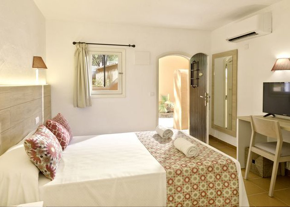 Images from Rooms 4