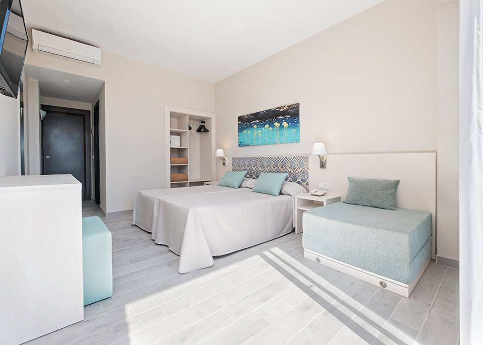 Images from Rooms 8