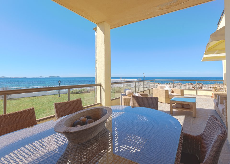 Presidential 2 Bedroom Apartment with Sea View-8