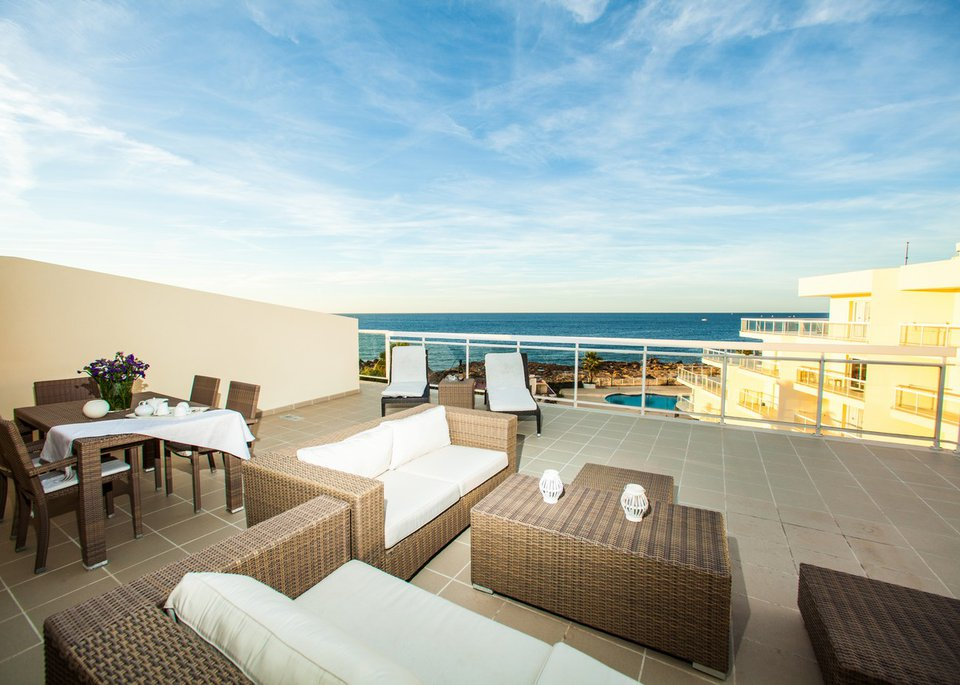 Suite Deluxe 3 Bedroom Apartment with Sea View and Large Terrace-6