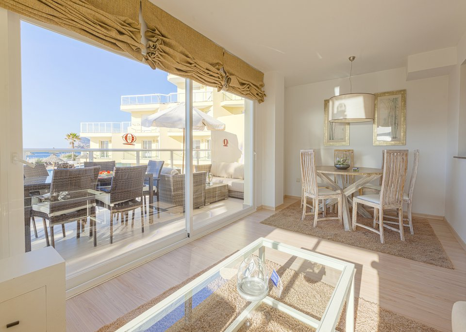 Suite Deluxe 3 Bedroom Apartment with Sea View and Large Terrace-5