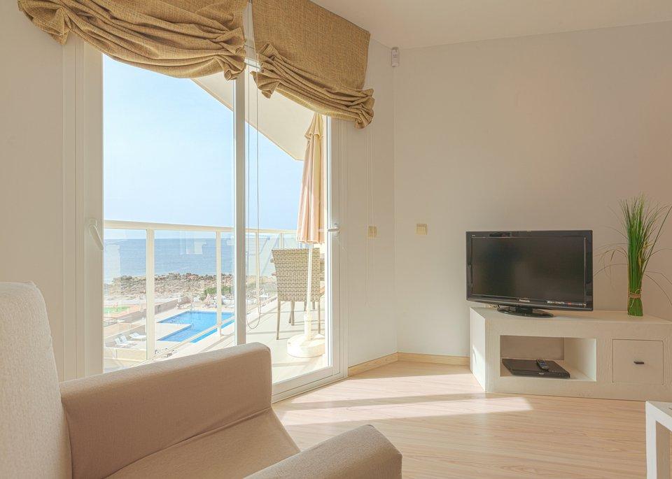 Appartement Deluxe avec 2 Chambres et Vue sur la Mer-2