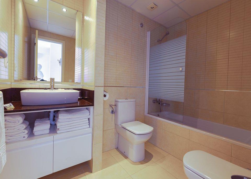 Appartement Deluxe avec 2 Chambres et Vue sur la Mer-8
