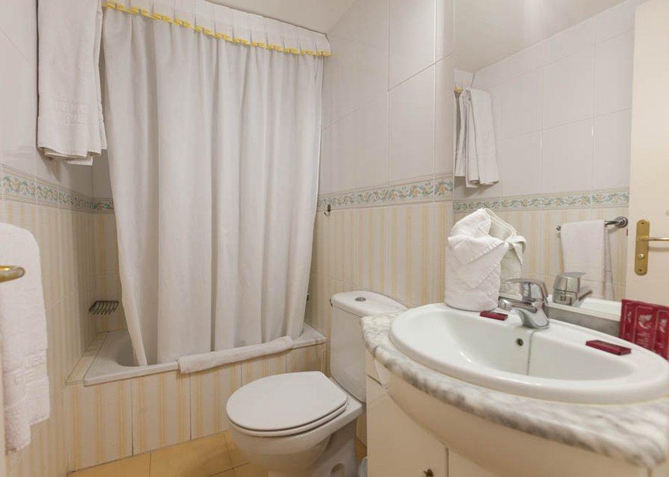 Apartamento 2 Dormitorios con vistas al jardin-8