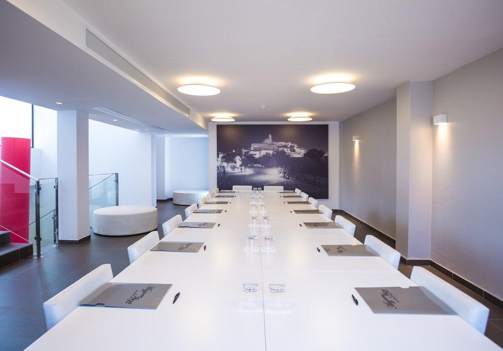 VIP Business Center