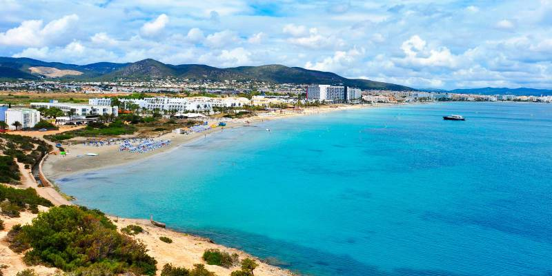 Check out our apartments and hotels in Playa d'en Bossa | Playasol Ibiza Hotels