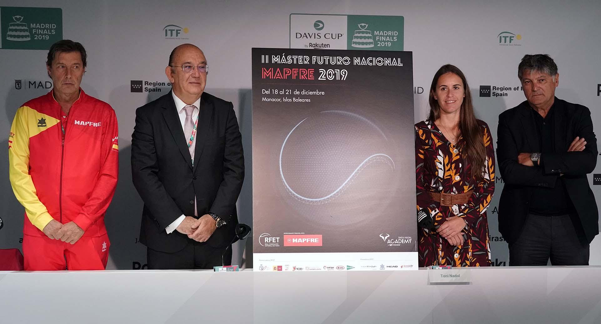 El futuro del tenis español vuelve a la Rafa Nadal Academy by Movistar